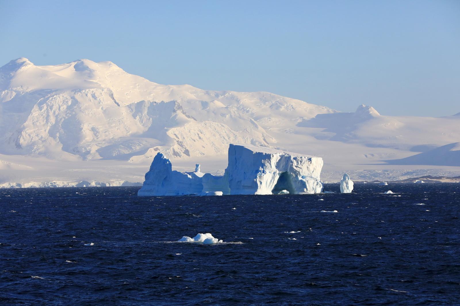 1702_Antarctique_01481_c_sm.jpg