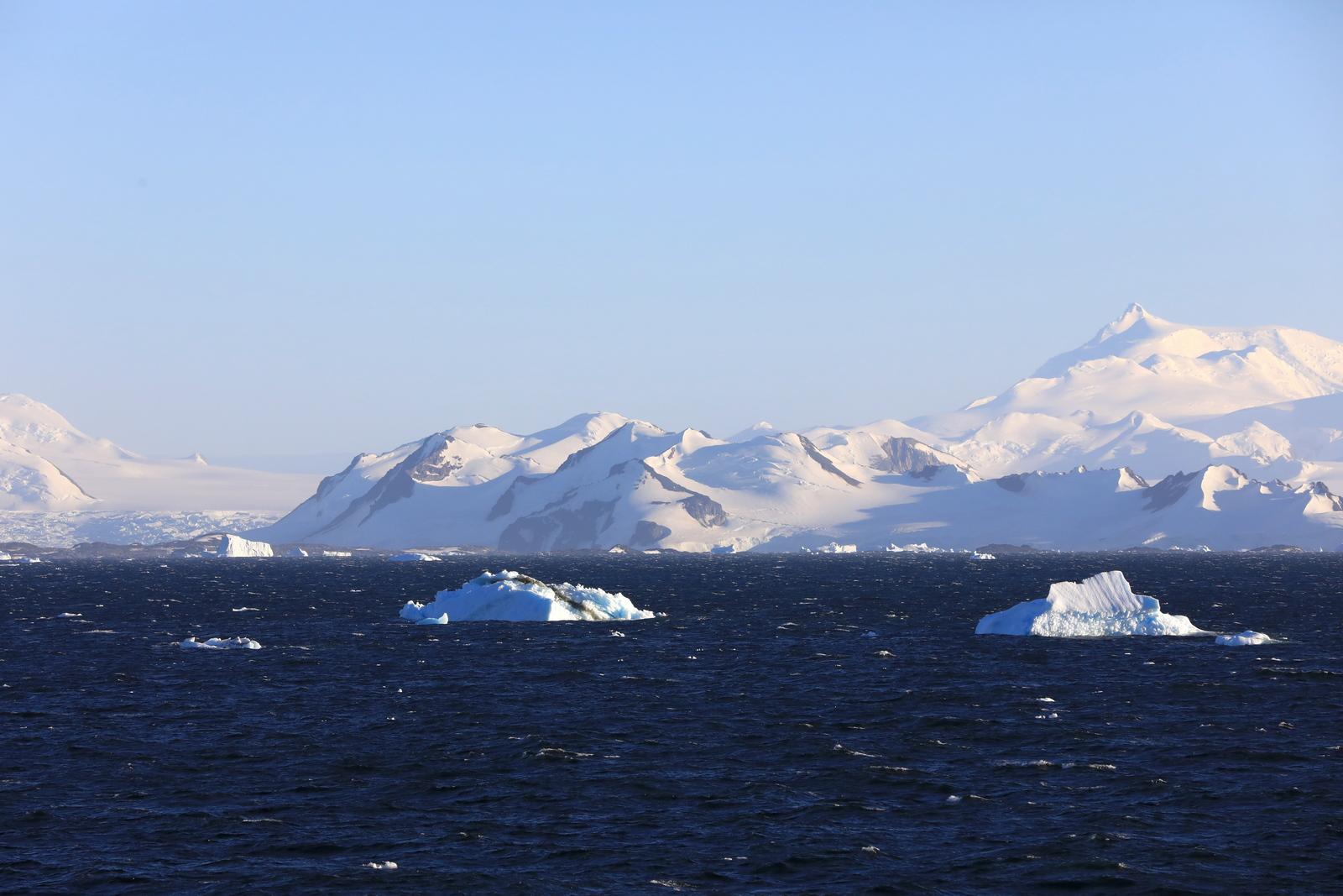 1702_Antarctique_01483_c_sm.jpg