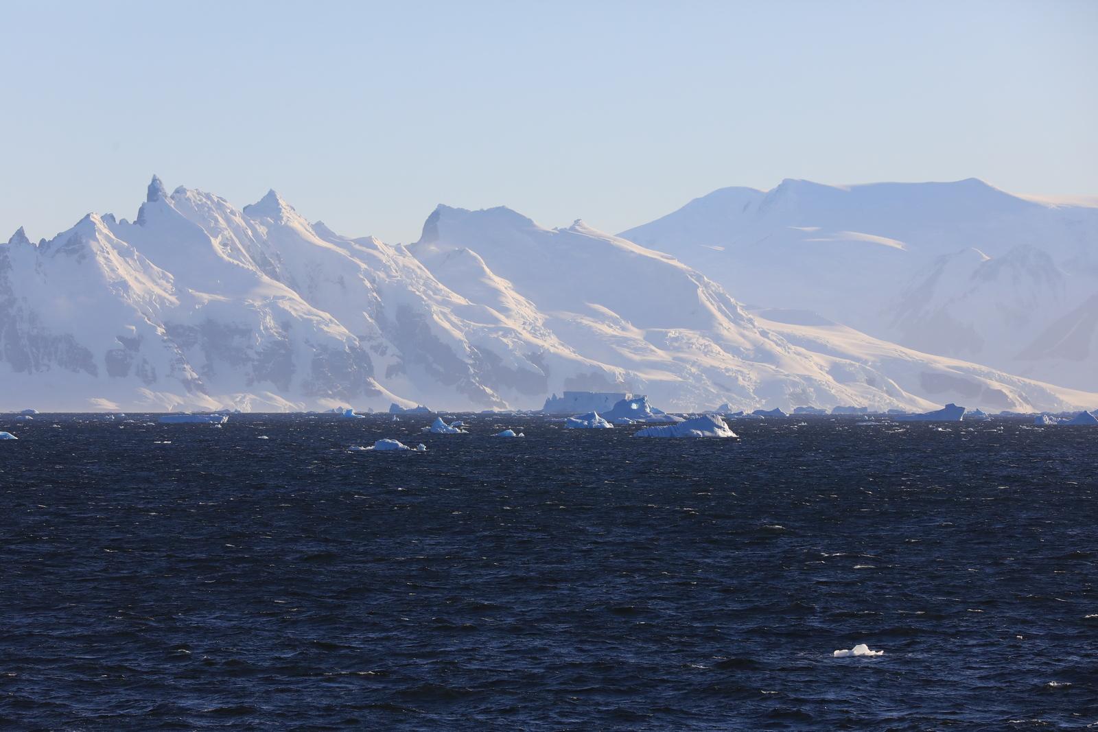 1702_Antarctique_01572_c_sm.jpg
