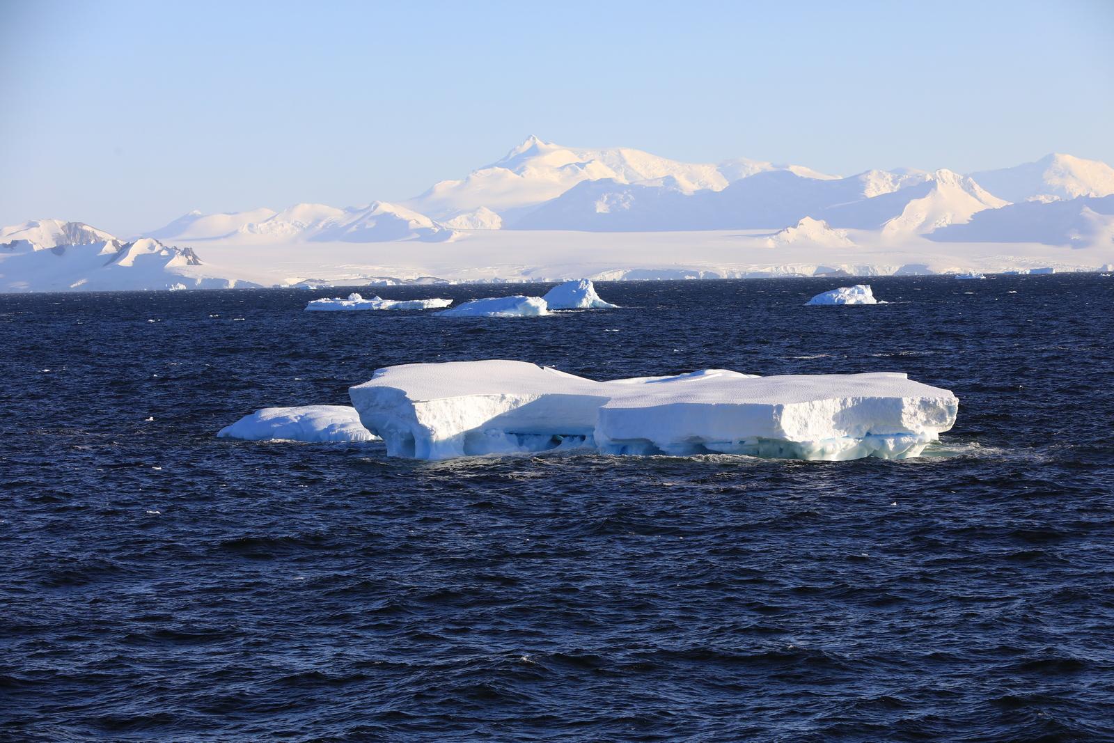 1702_Antarctique_01542_c_sm.jpg