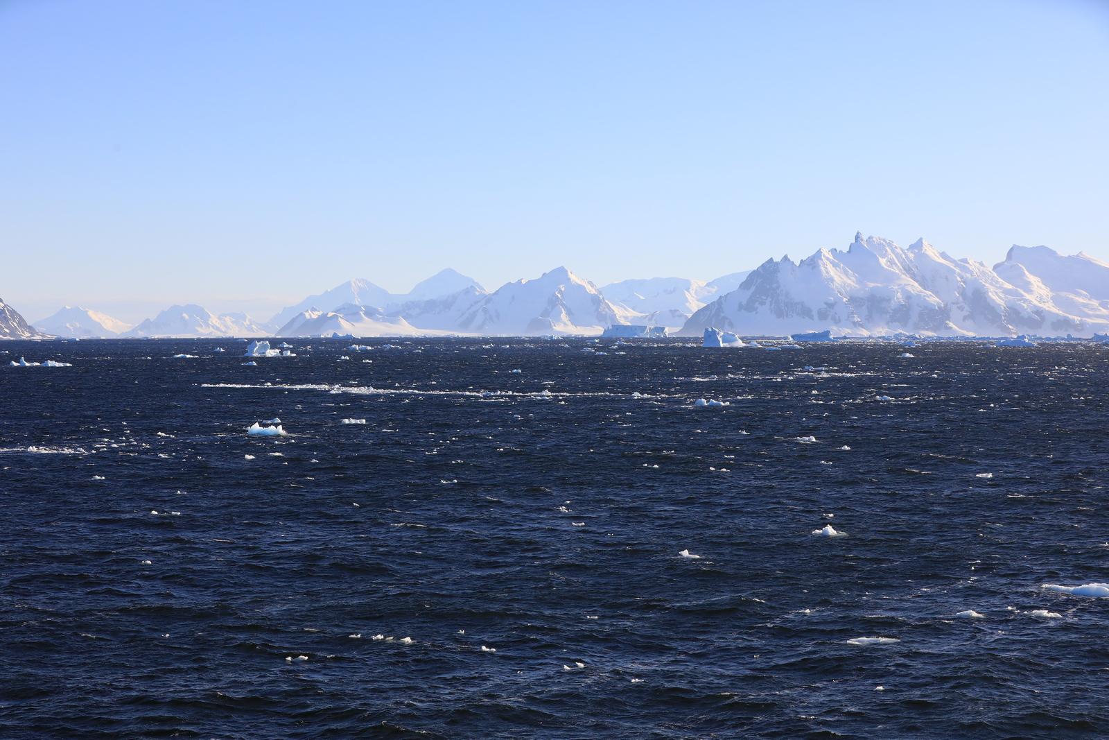 1702_Antarctique_01599_c_sm.jpg