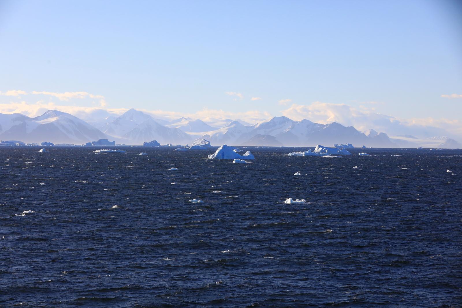 1702_Antarctique_01608_c_sm.jpg