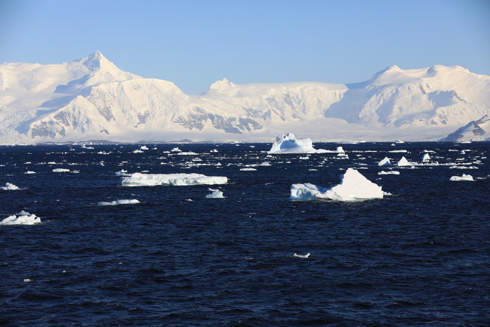 1702_Antarctique_01622_c_sm.jpg