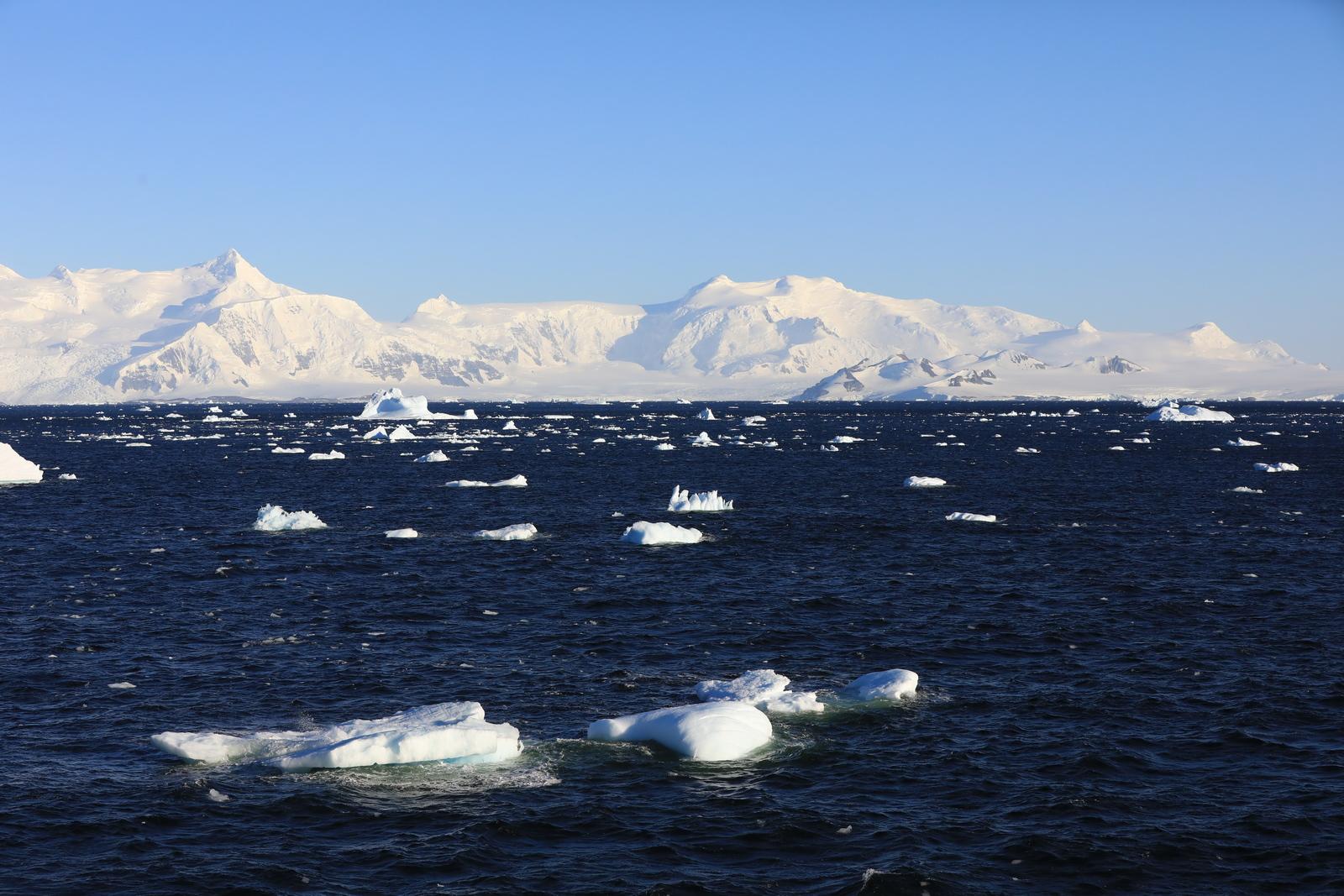 1702_Antarctique_01625_c_sm.jpg