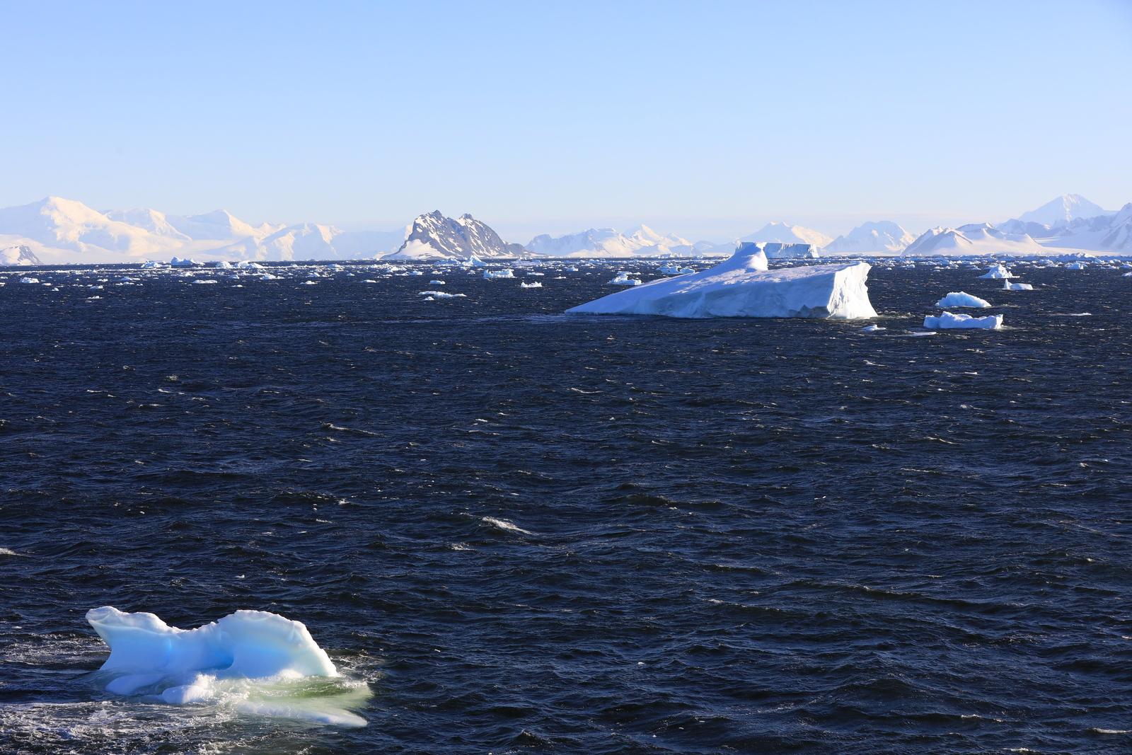 1702_Antarctique_01626_c_sm.jpg