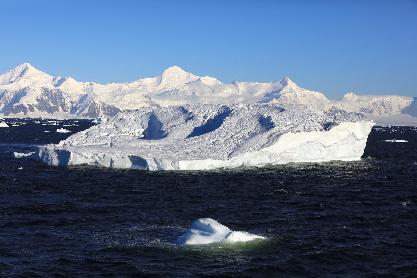 1702_Antarctique_01654_c_sm.jpg