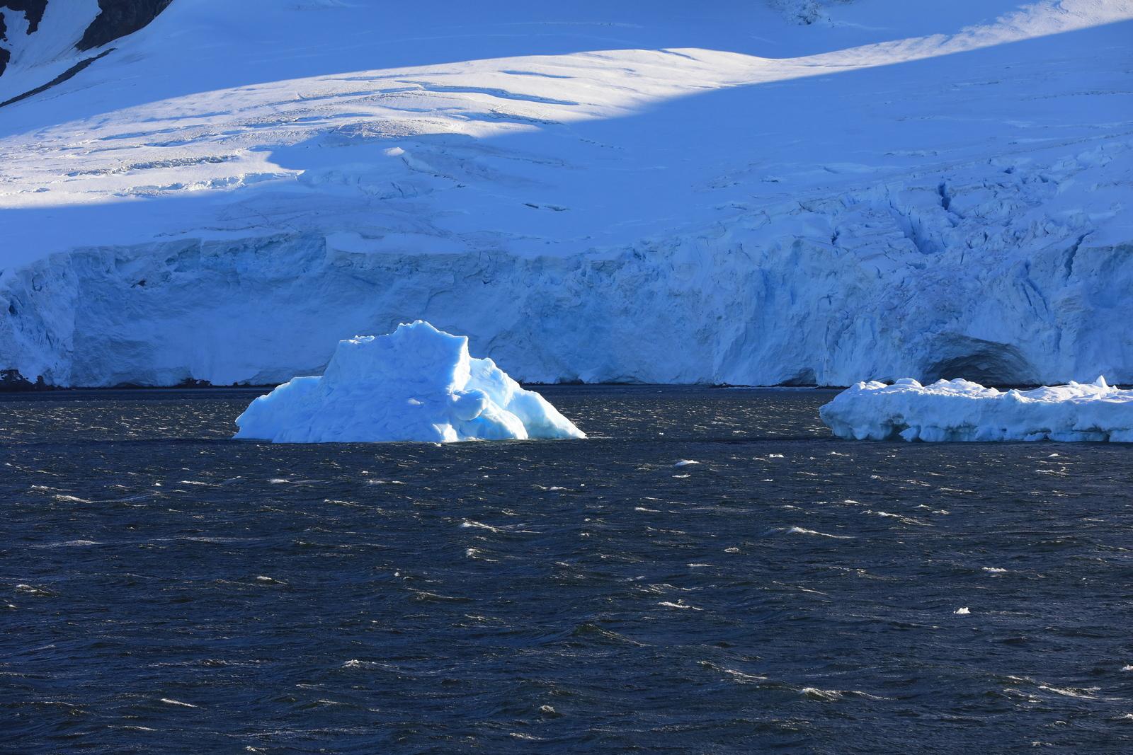 1702_Antarctique_01721_c_sm.jpg