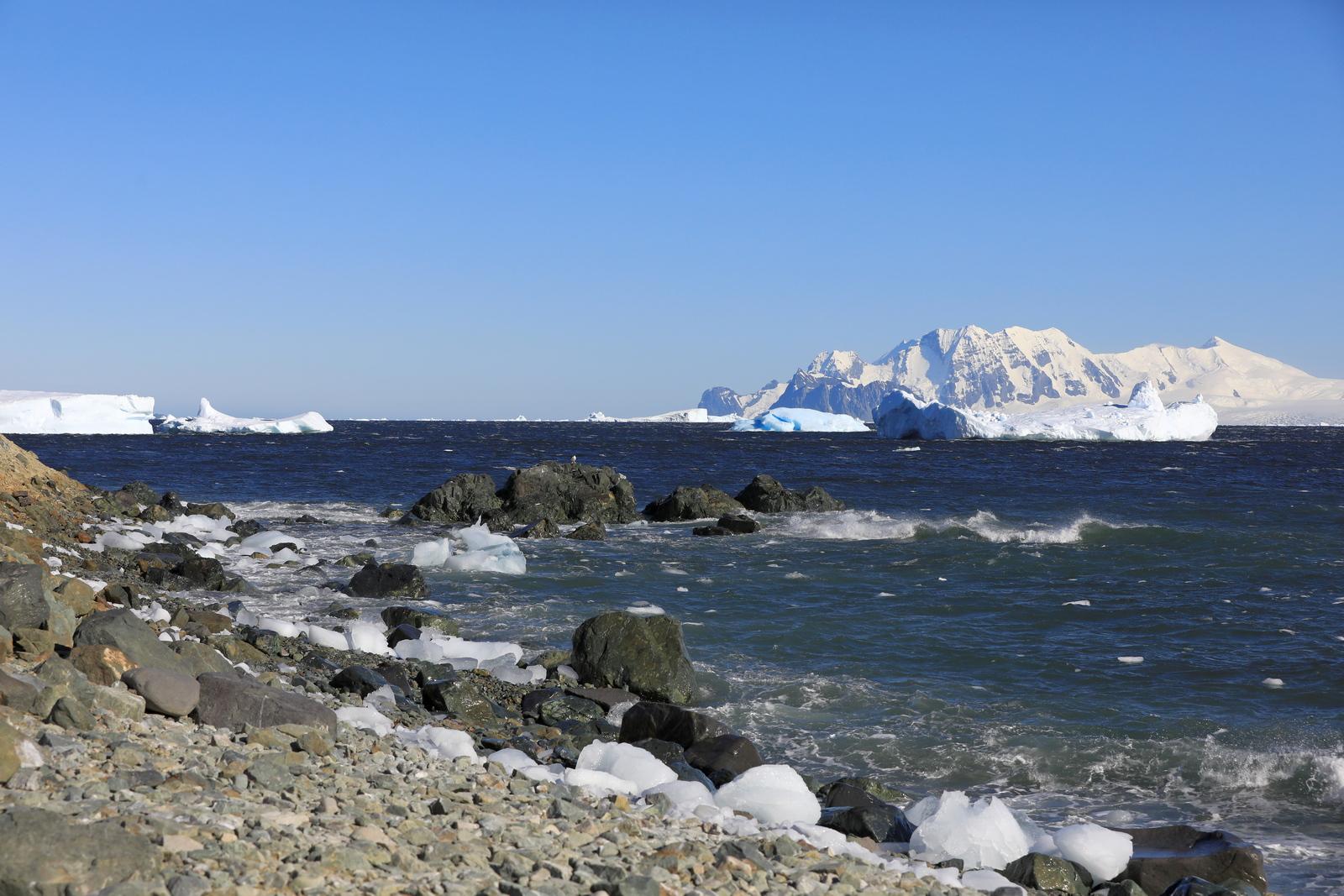 1702_Antarctique_01963_c_sm.jpg
