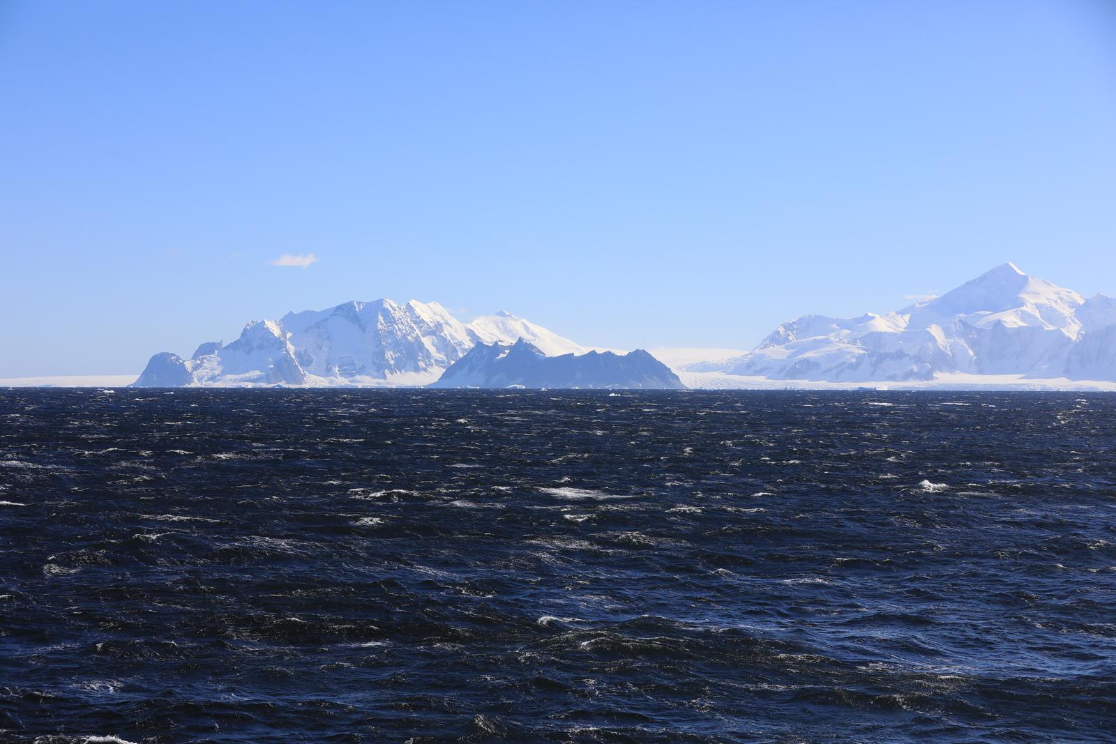 1702_Antarctique_02050_c_sm.jpg