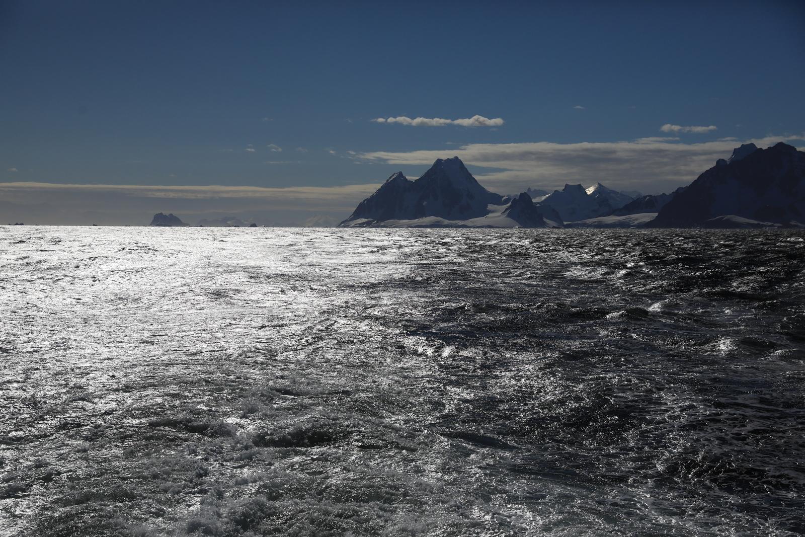 1702_Antarctique_02054_c_sm.jpg