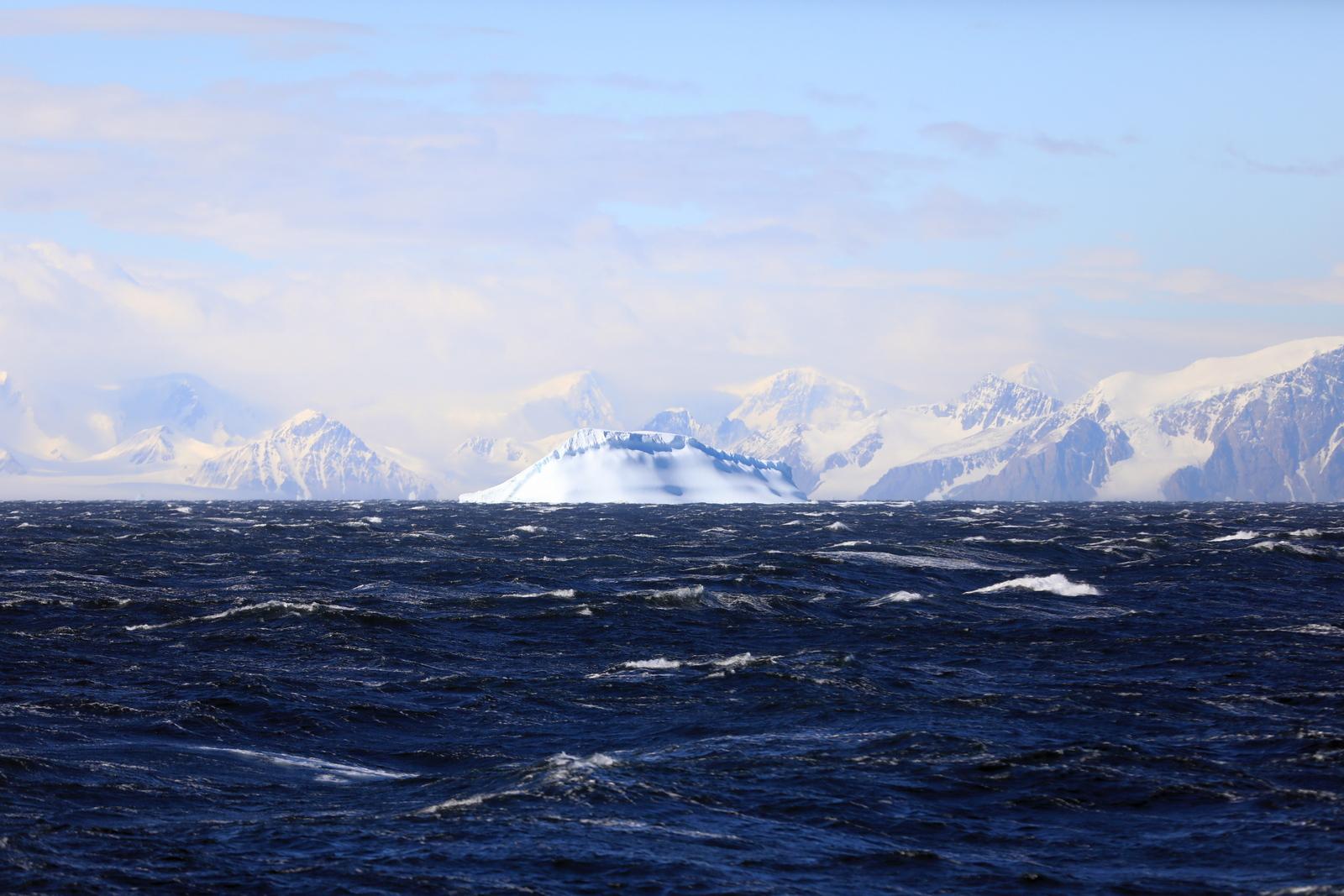 1702_Antarctique_02069_c_sm.jpg