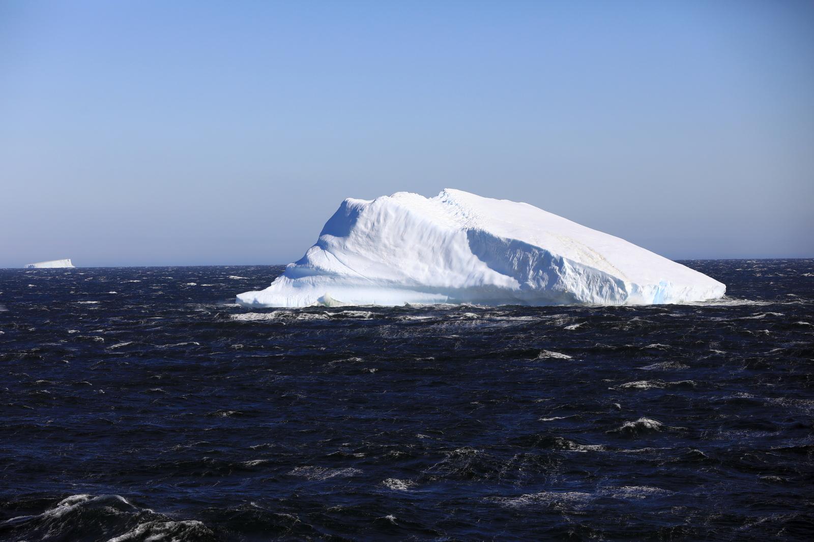1702_Antarctique_02082_c_sm.jpg