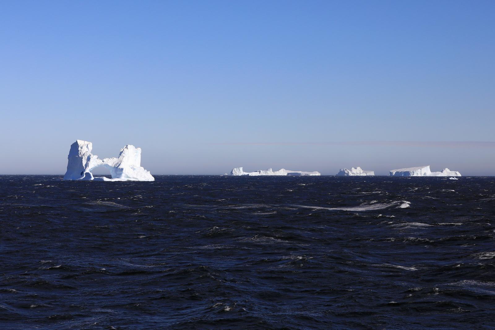 1702_Antarctique_02114_c_sm.jpg