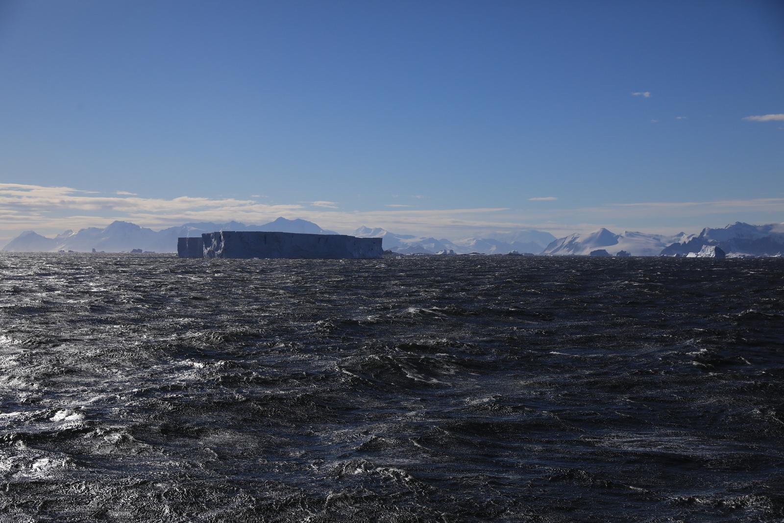 1702_Antarctique_02134_c_sm.jpg