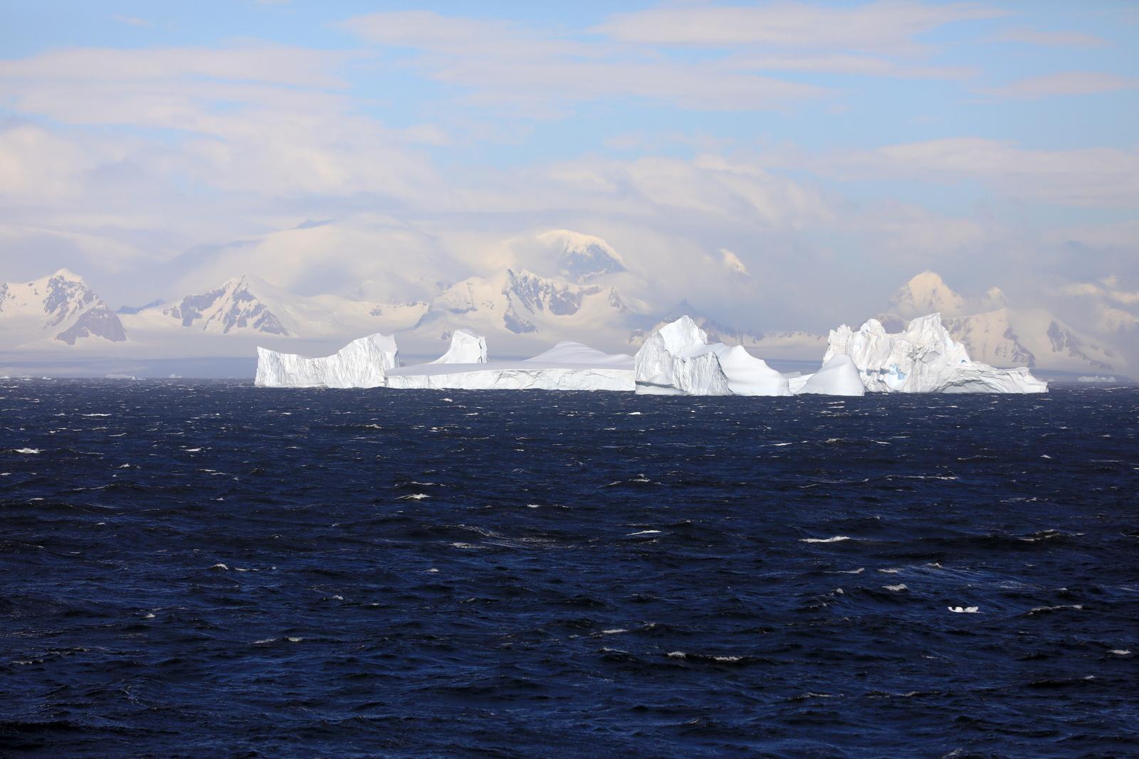 1702_Antarctique_02226_c_sm.jpg