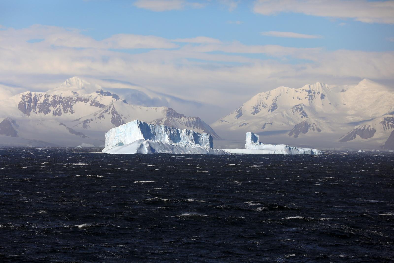 1702_Antarctique_02249_c_sm.jpg