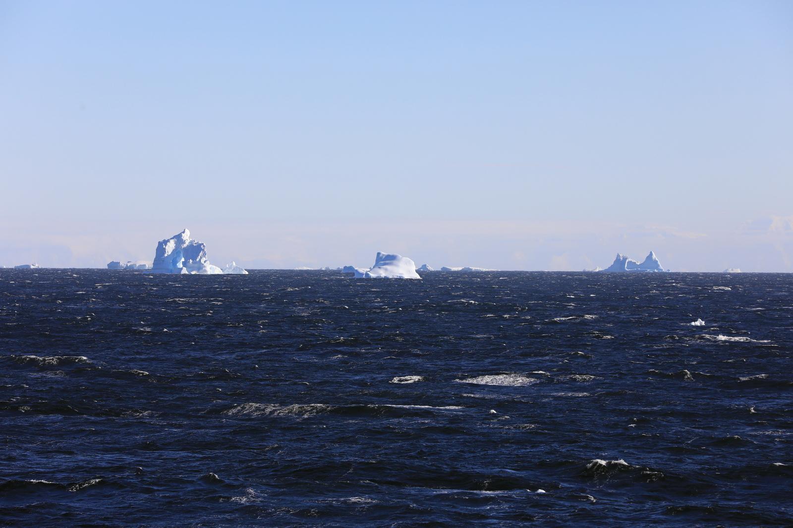 1702_Antarctique_02305_c_sm.jpg