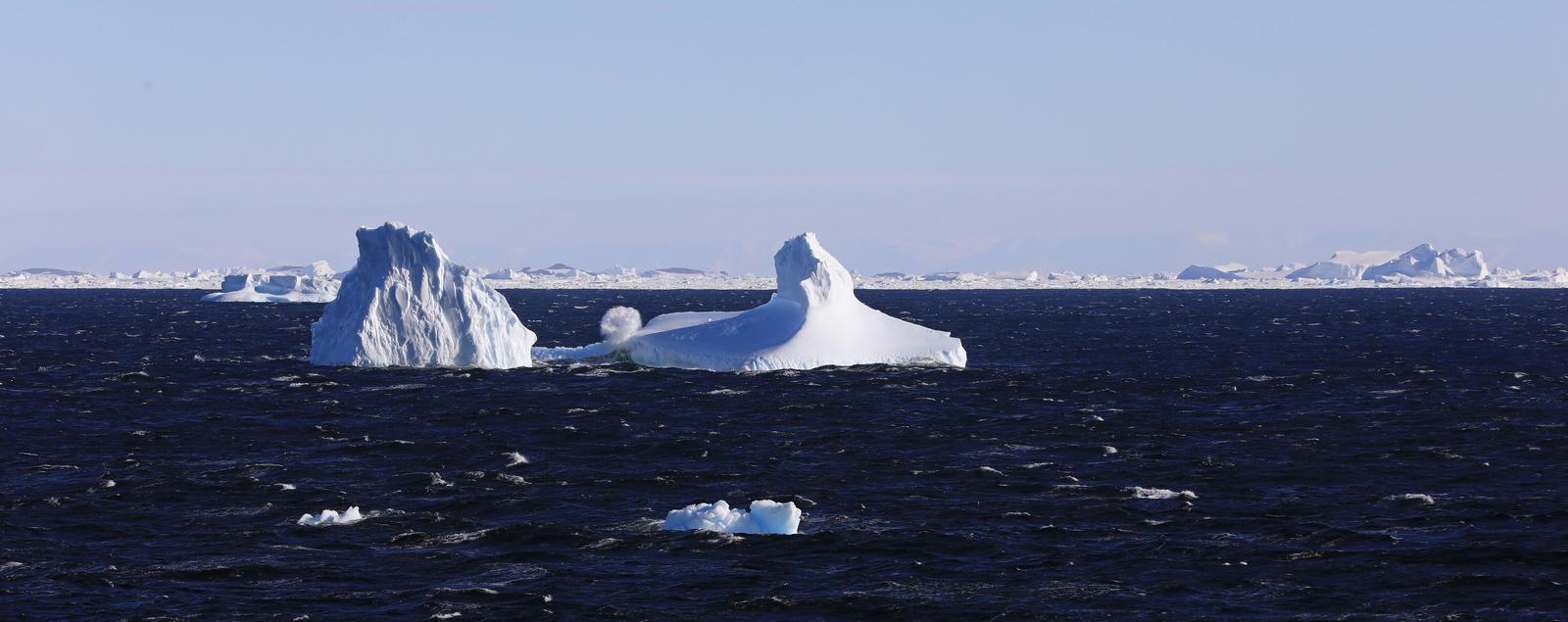 1702_Antarctique_02428_c_sm.jpg