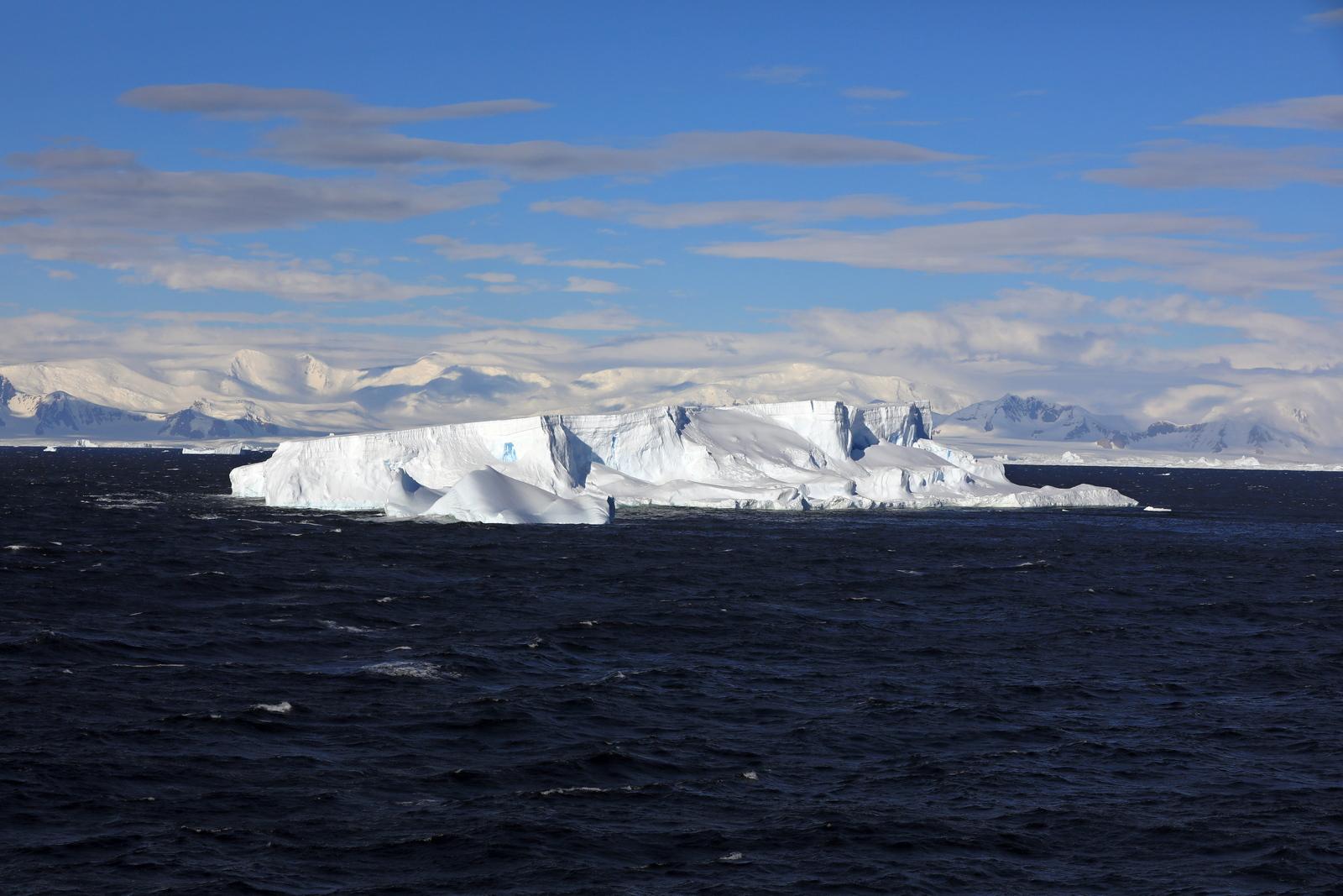 1702_Antarctique_02510_c_sm.jpg