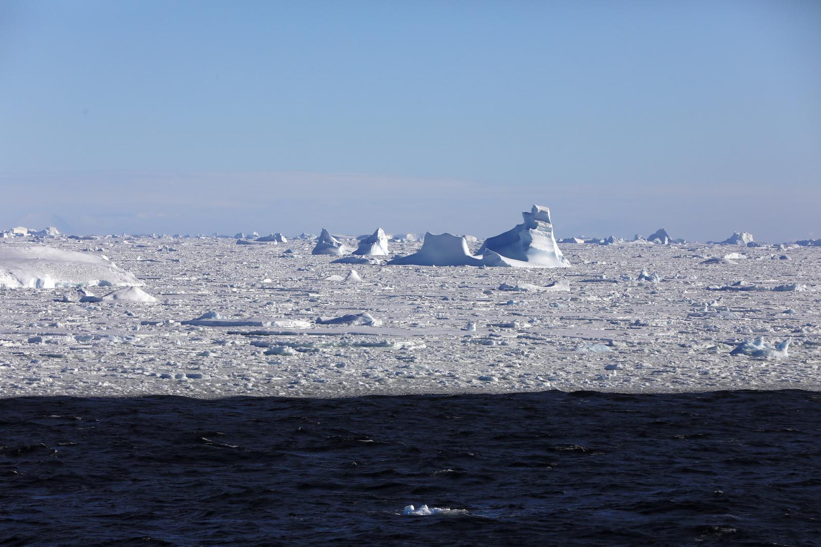 1702_Antarctique_02566_c_sm.jpg