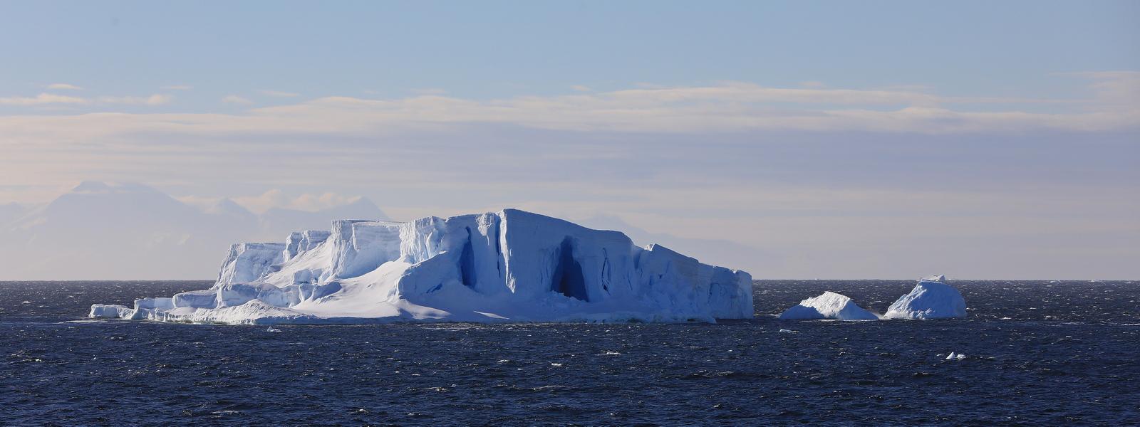 1702_Antarctique_02618_c_sm.jpg