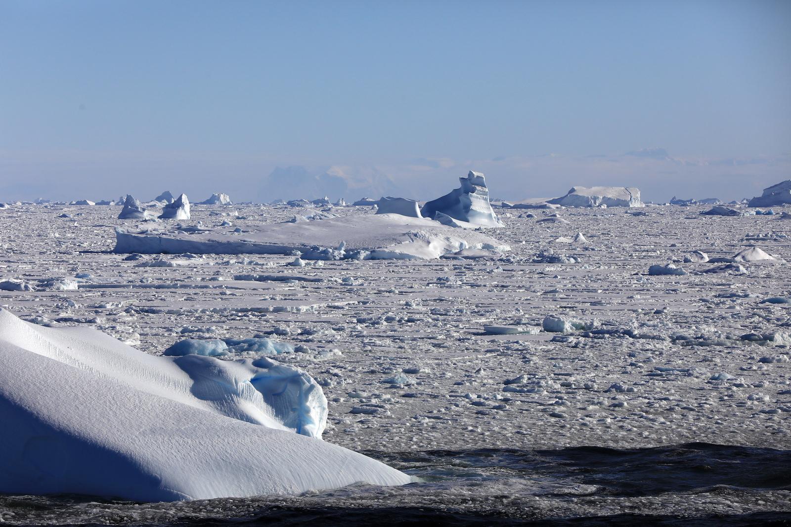 1702_Antarctique_02583_c_sm.jpg