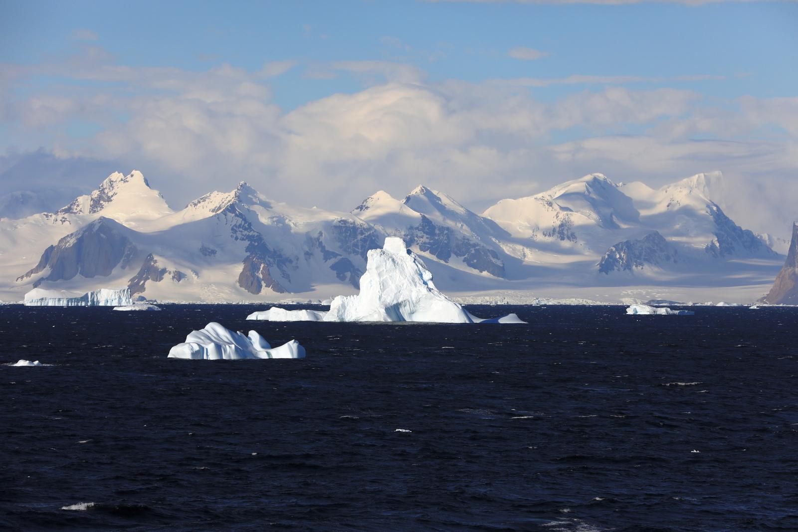 1702_Antarctique_02742_c_sm.jpg