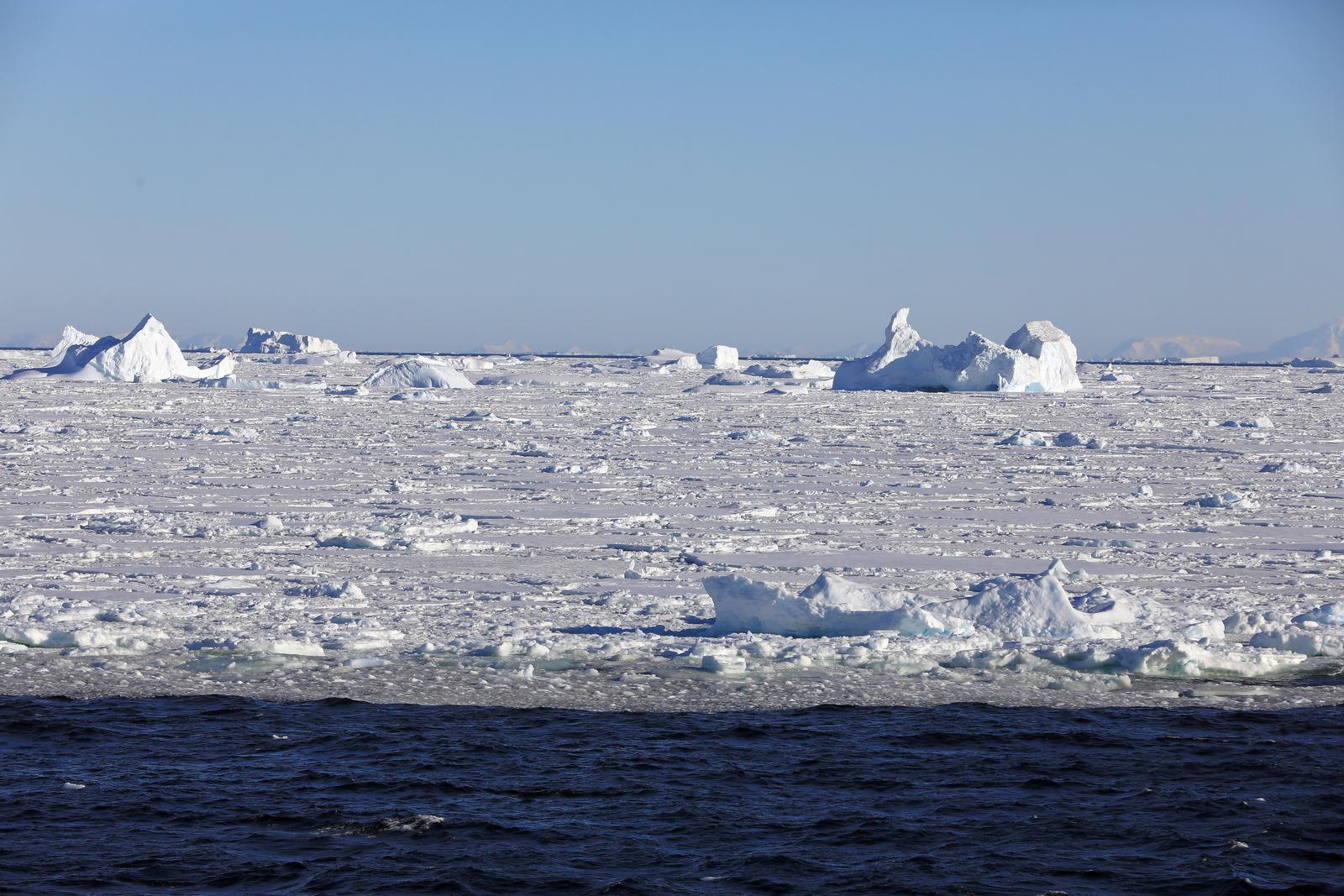 1702_Antarctique_02787_c_sm.jpg