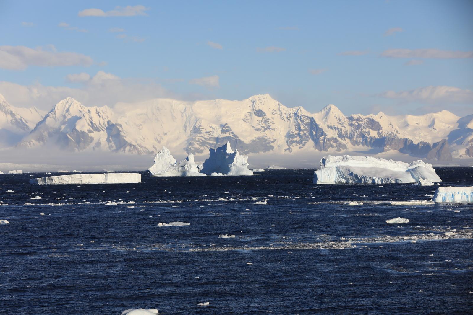 1702_Antarctique_03024_c_sm.jpg