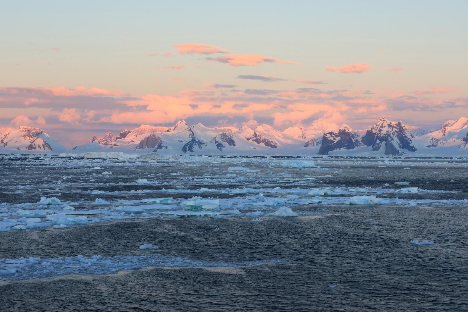 1702_Antarctique_03125_c_sm.jpg