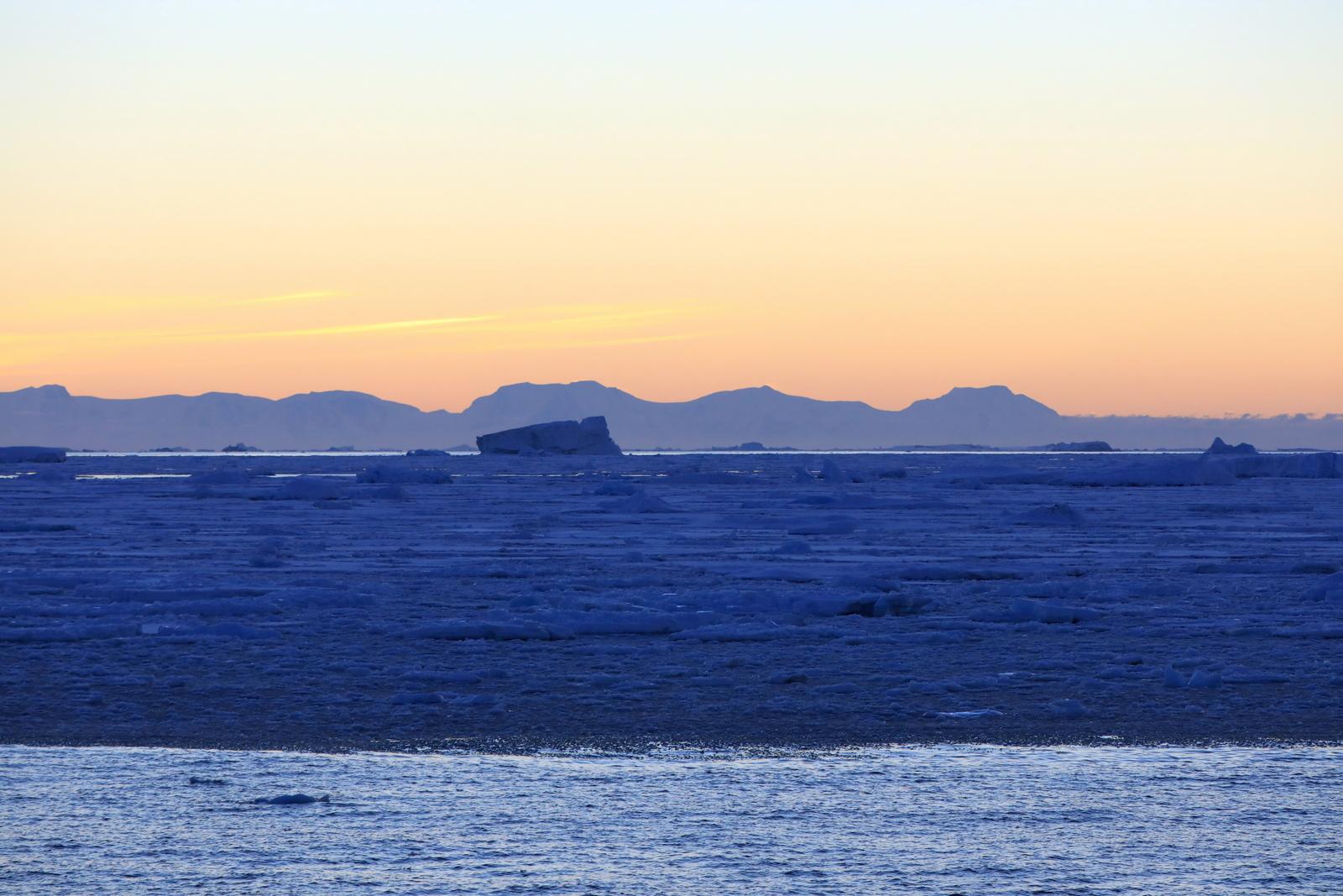 1702_Antarctique_03213_c_sm.jpg