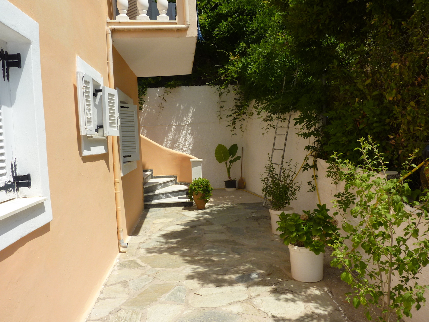 Zoe's apartments, Kassiopi, July 2018 (32).JPG