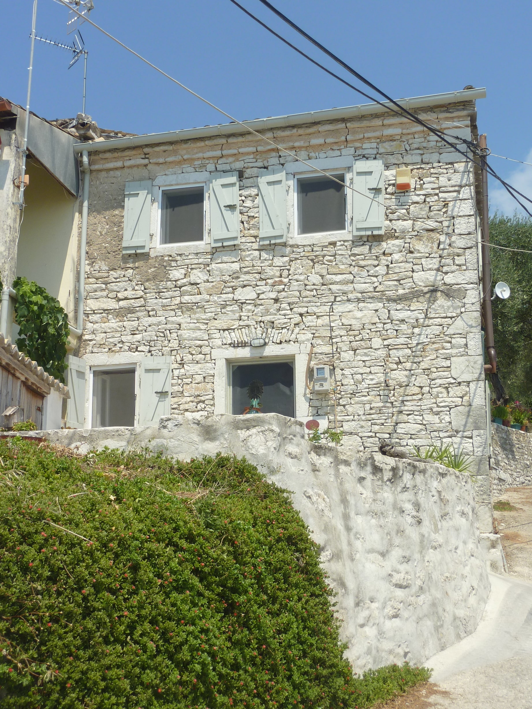 Katavalos house (4).jpg