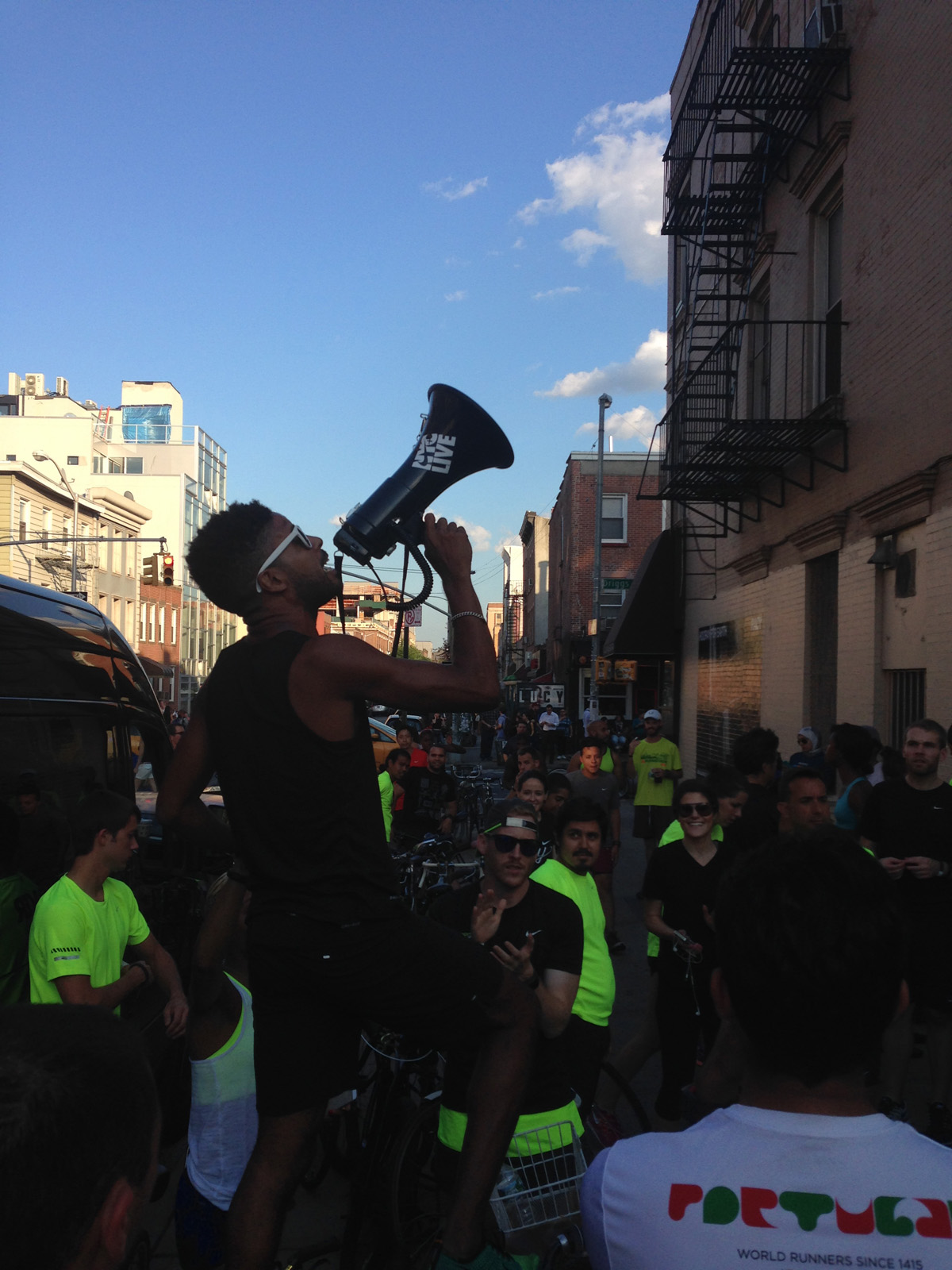 NIKE + NYC'S COACH ROBINSON KICKING OFF THE LOCAL RUN(@FIRSTRUN)