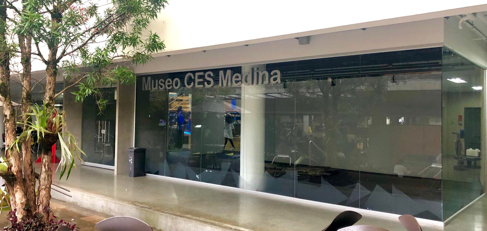 median museum ext 2.jpg