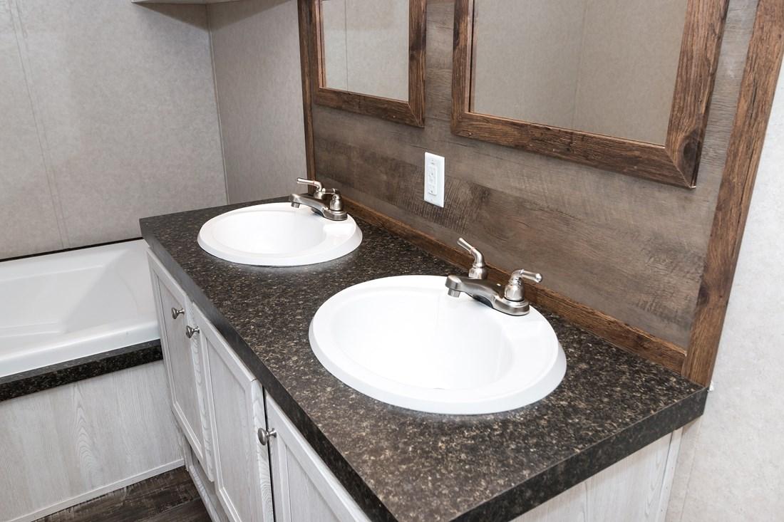 Manufactured-REVOLUTION-35REV18763AH-Master-Bathroom-20180430-1033194417562.jpg