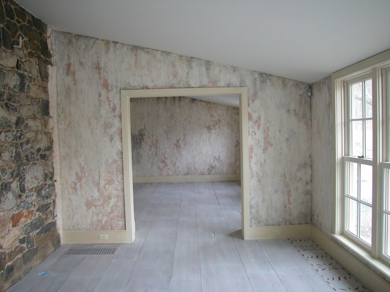 Highly Distressed Wall Finish
