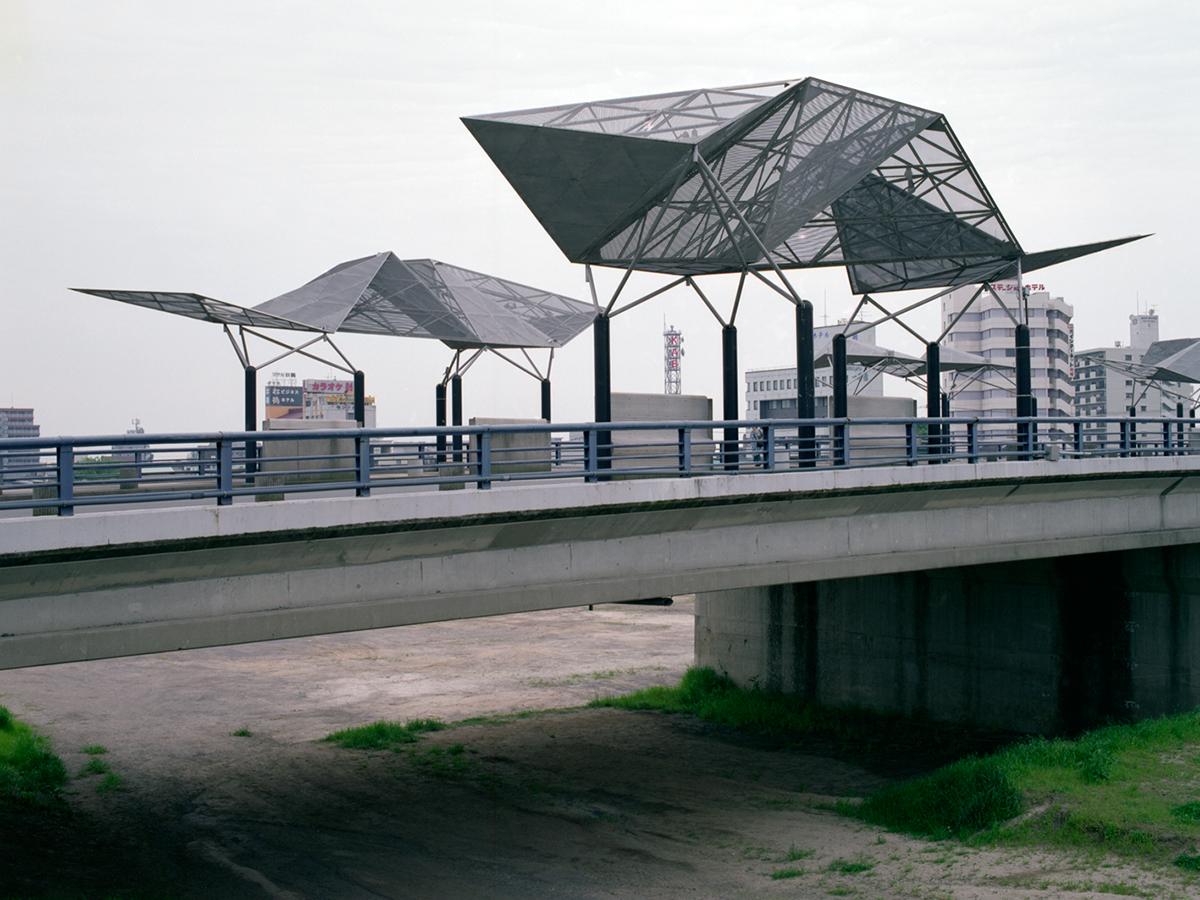 Shirakawa-bridge.jpg