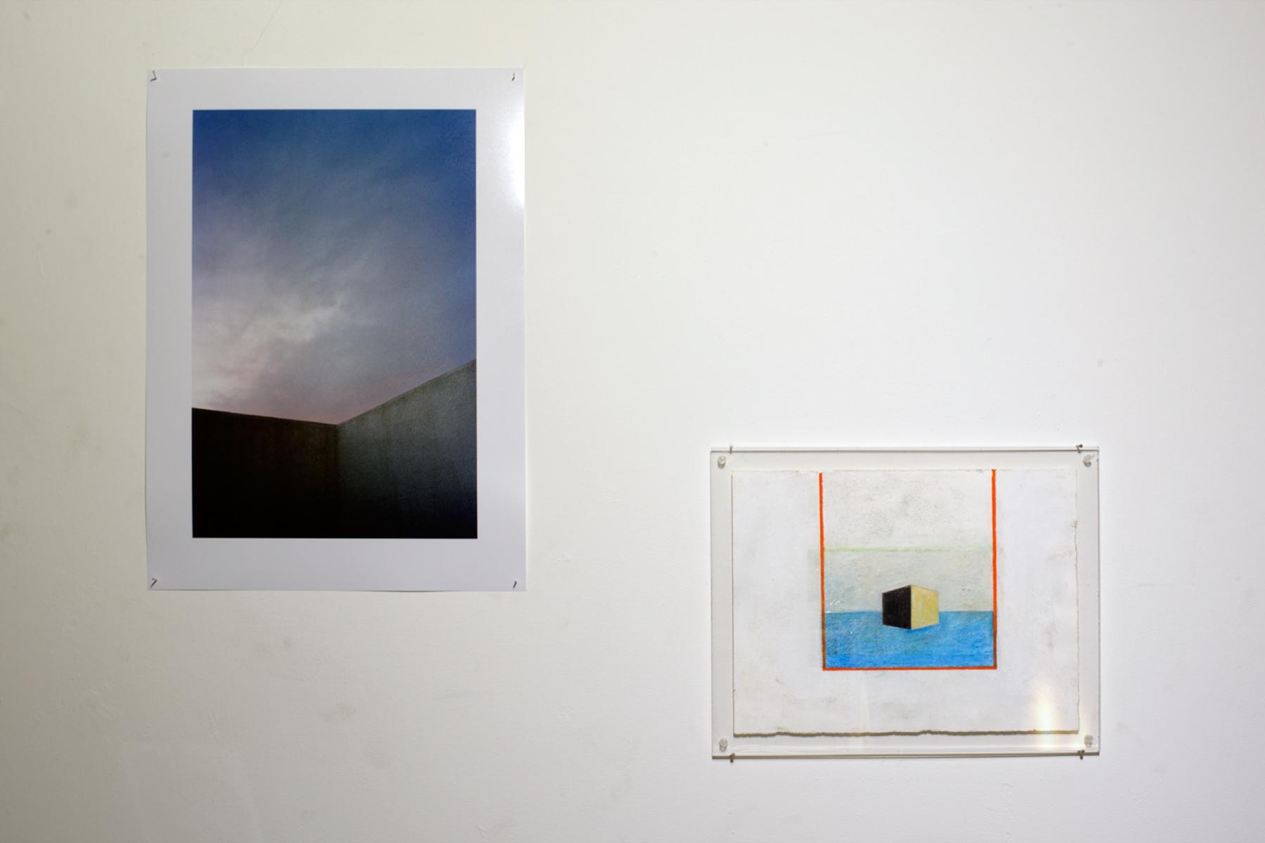 Christophe Berlet -  untitled  - 2016 - Photo argentique, tirage Lambda - 55x40cm - édition de 5 ///// Eléonore de Margerie -  Aquarium  - Pastel et gouache sur papier - 36,5 x 37,5 cm - 2014 - Plexiglas 38,5 x 42 cm, ép. 5mm