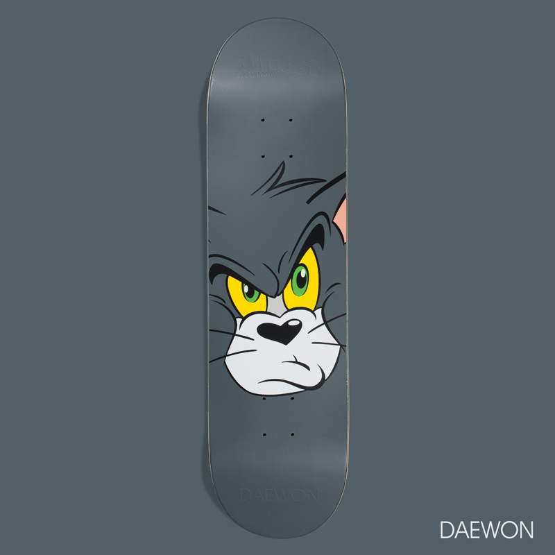 Almost_Skateboards_Daewon_Tom_Jerry_HannaBarbera_Face.jpg
