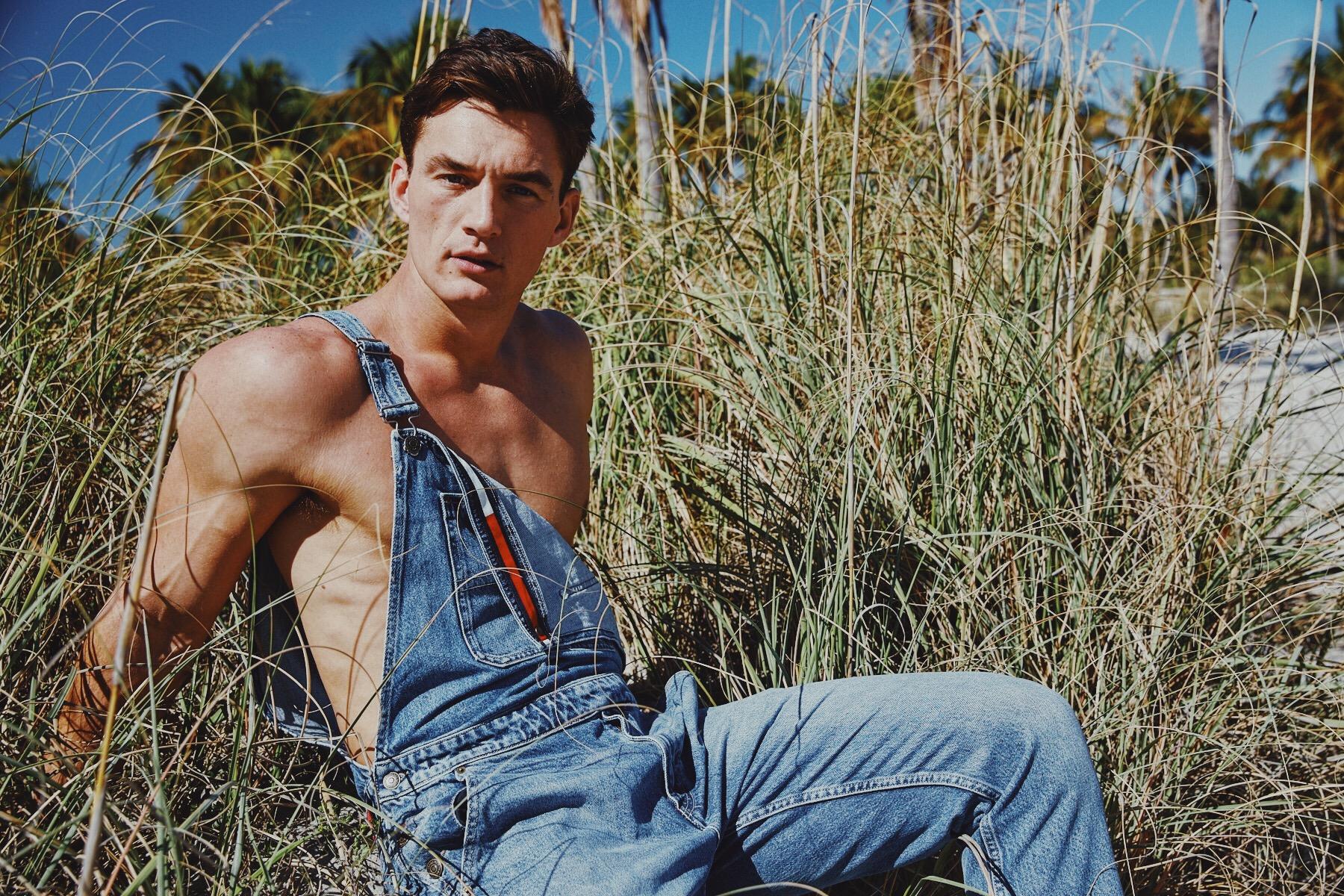 Harvey Nichols - Summer '19 Campaign   Photographer: Pip Cowley Producer: Matthew Webb Stylist: Luke Ross