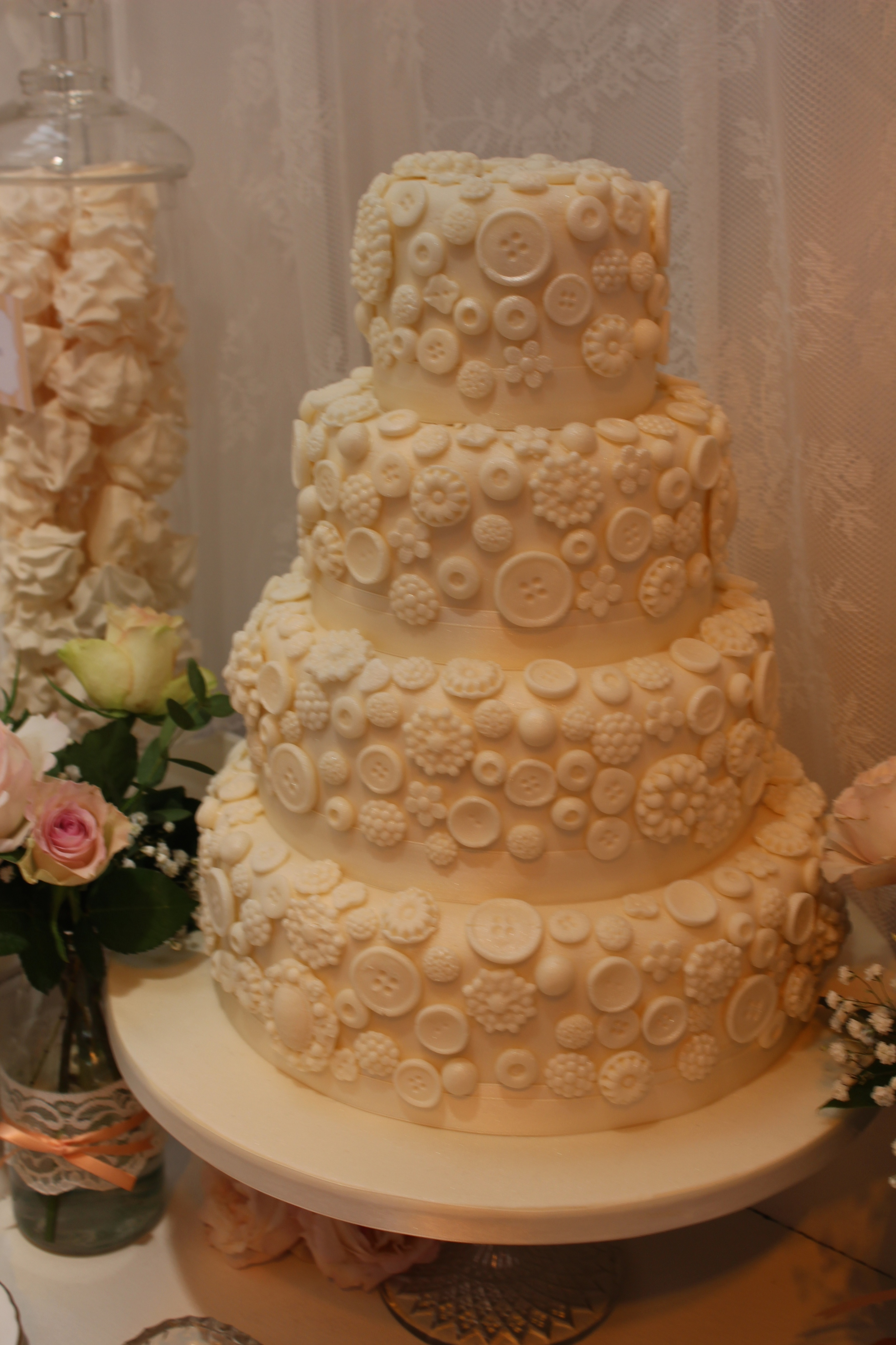 Ivory vintage button 4 tier cake