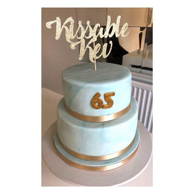 Blue and gold 2 tier marble cake for a 65th birthday #marblecake #tieredcake #cake #gold #sparkle #goldsparkle #caketopper #birthdaycake #redkitchenbakery #celebrationcake #weddingcake #marble #birthday #65 #sixtyfive #baker #bakery #wedding #kissablekev #tastesogood #birthdayinspiration #boyscake #cakesofinstagram #cakesformen #cakes #wolverhamptoncakes #westmidlandscakes
