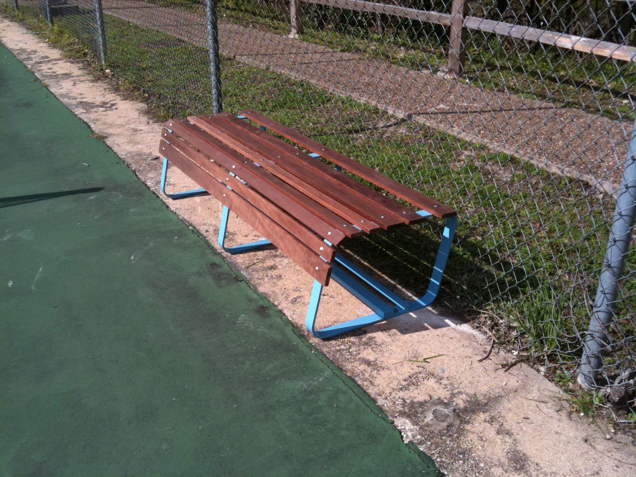 TennisBench1_02.JPG
