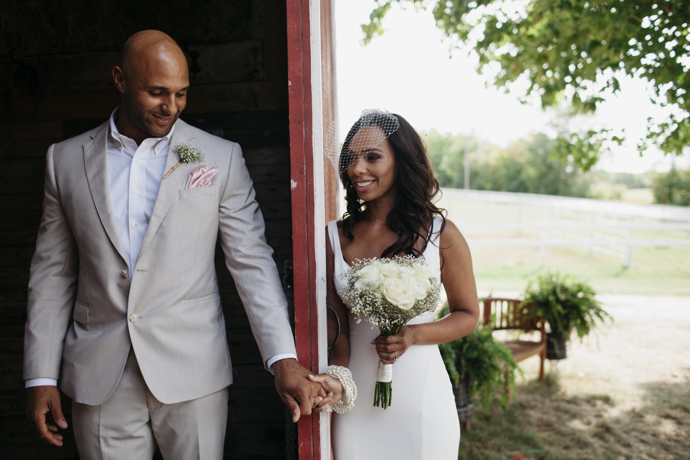 Toni_Earl_Rest_and_Be_Thankful_farm_wedding_maine_007.jpg