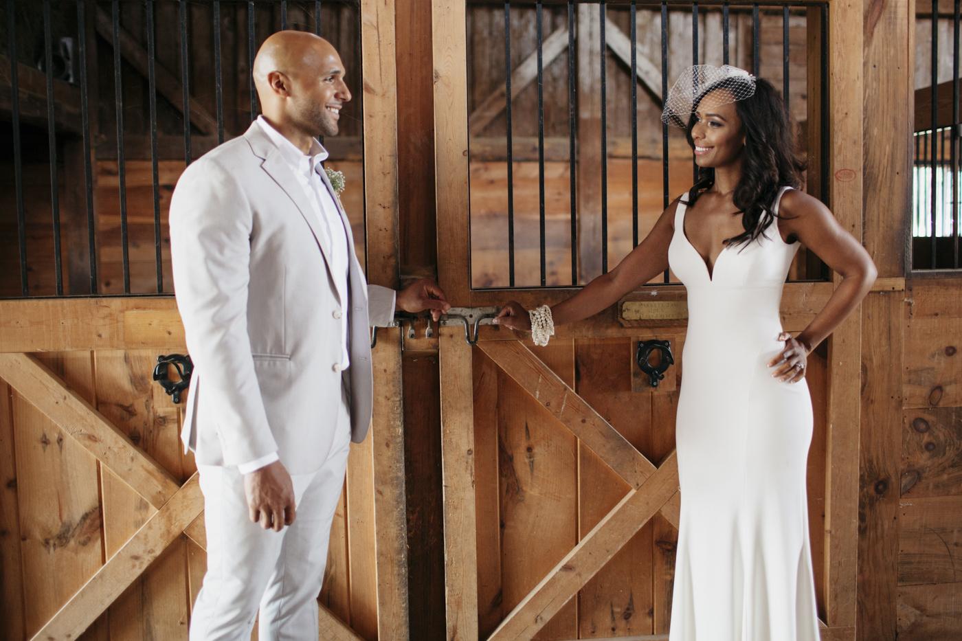 Toni_Earl_Rest_and_Be_Thankful_farm_wedding_maine_013.jpg