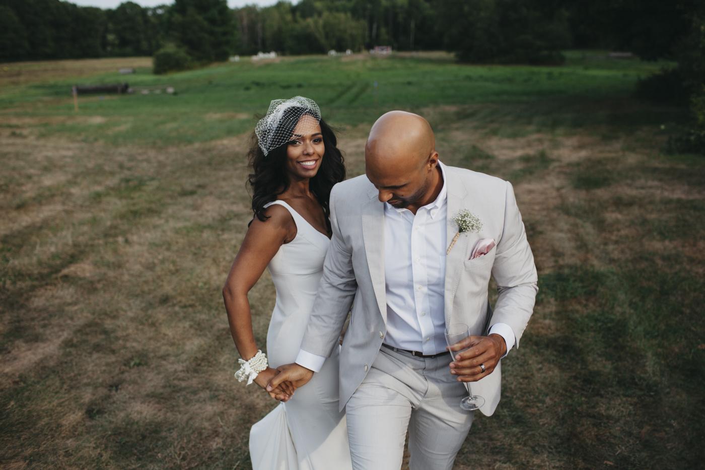 Toni_Earl_Rest_and_Be_Thankful_farm_wedding_maine_016.jpg