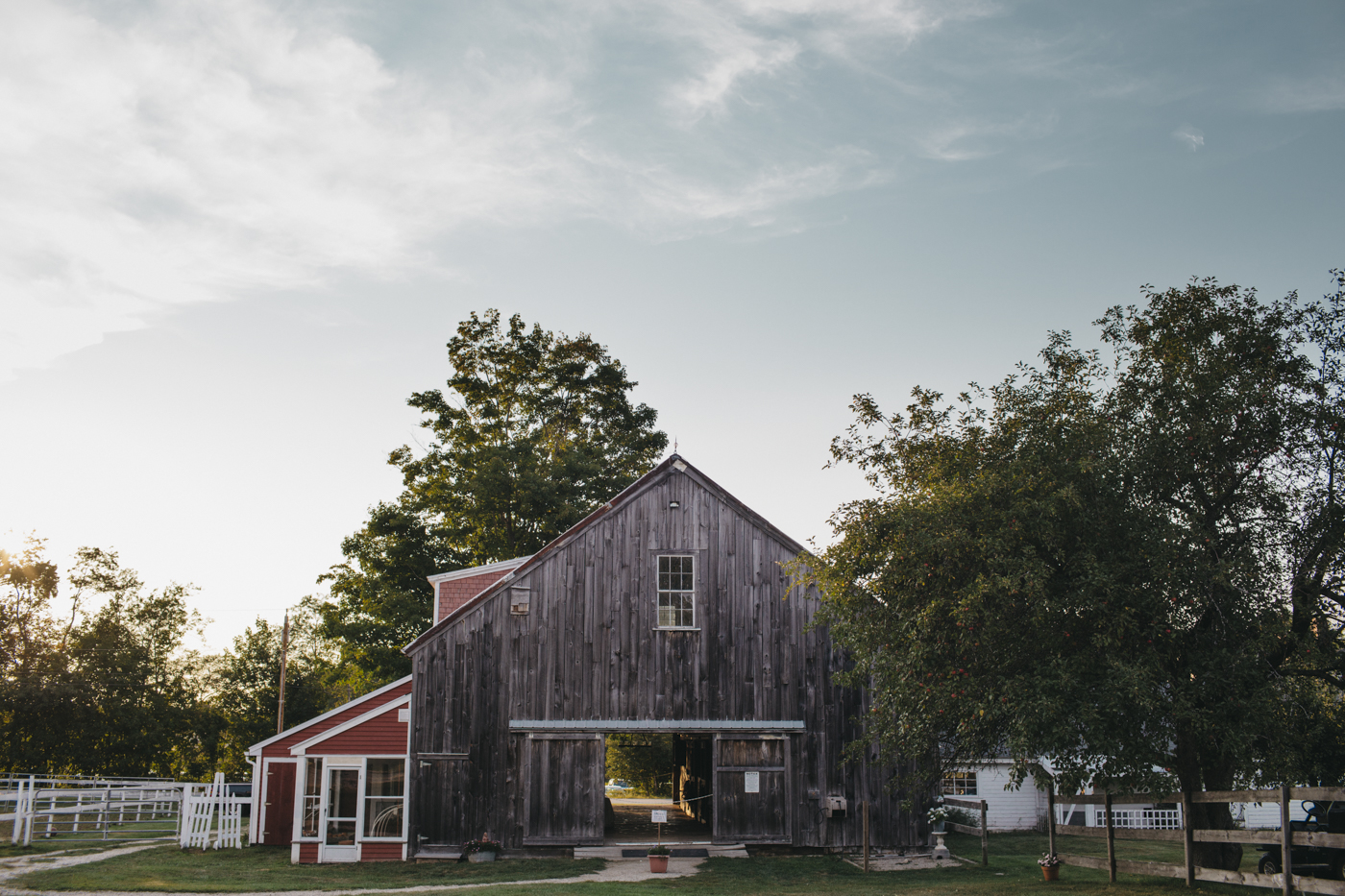 Toni_Earl_Rest_and_Be_Thankful_farm_wedding_maine_023.jpg