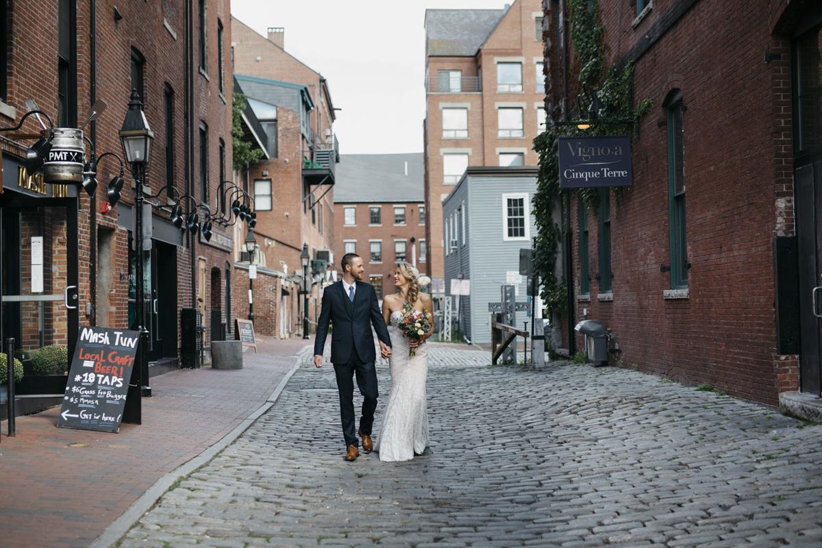 Anna_Kris_wedding_Kettle_Cove_and_Sprague_Hall_Cape_Elizabeth_Maine_008.jpg