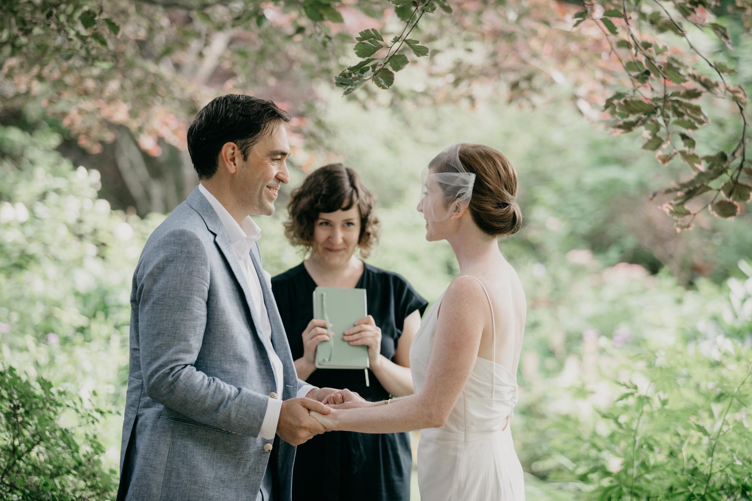 AshleeJay_Camden_Maine_wedding_pig_and_the_poet_Vesper_Hill_Childrens_Chapel_011.jpg